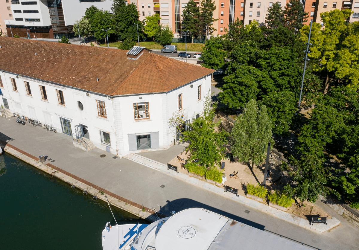 Grande Bâtisse En Bord De Saône Salles De Réunion L'Embarcadère Lyon